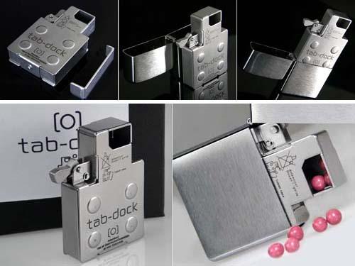 tab-dock-zippo-mint-dispenser