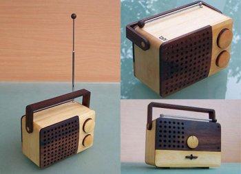 wooden-radio