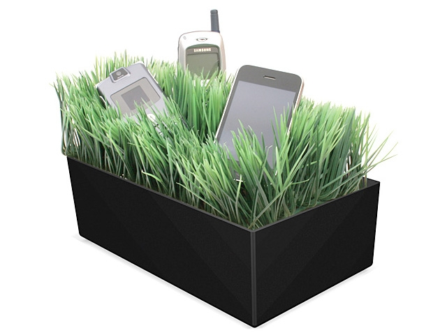 grass-charging-station-pictures