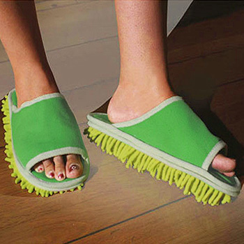 walk-n-clean-mop-slippers-pictures-1