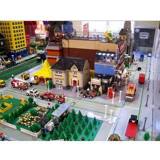 Lego City let you built your dream city